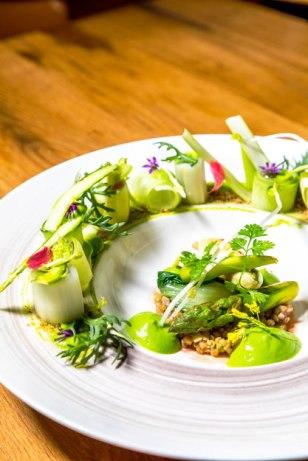 asperges-agretti-mousse-de-lait-graines-de-sarrasin-4